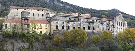 ex Vetreria Ricciardi - Vietri sul Mare - ph Francesco Lupo - prospetto sud scorcio