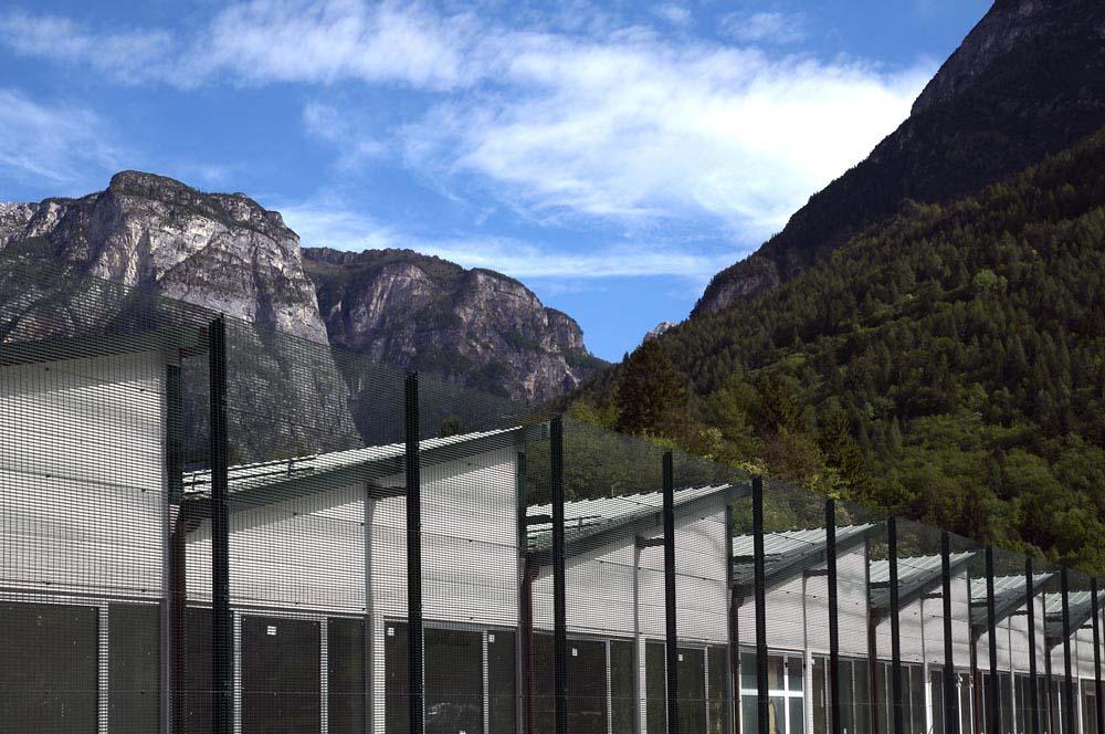 Dolomiti contemporanee valorizza il patrimonio industriale for Progetti di case ranch contemporanee